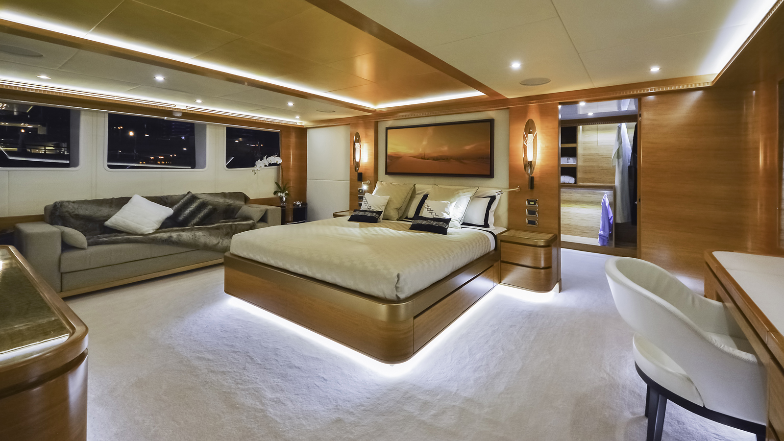 Majesty-135-yacht-boat-for-sale-cyprus-cy